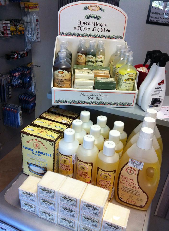 Detergenti eco bio per la casa e detergenti per - Detergenti naturali facuti in casa ...